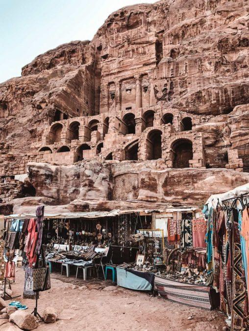 Sehenswürdigkeiten Petra Jordanien Marktstände Beduinen