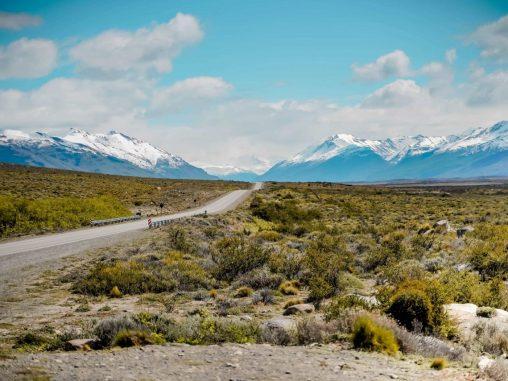Mietwagenreise Patagonien Berglandschaft