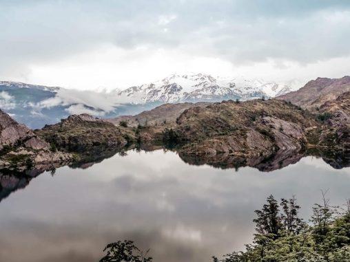 Laguna Los Patos Spiegelung Wasser Torres del Paine Nationalpark Patagonien