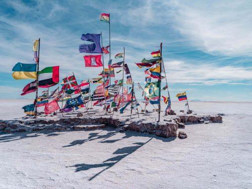salar de uyuni bolivien flaggen